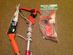 10' POLE TREE PRUNER HAS NEW REPLACEMENT HEAD PLUS SAW