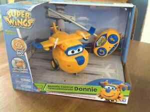 Super Wings et The Cars  télécommandé