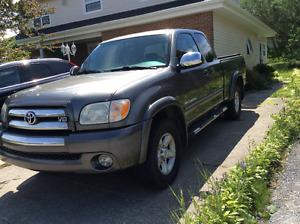 2005 Toyota Tundra Pickup Truck