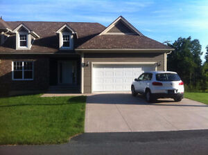 4 bedroom townhome in GOLF COMMUNITY