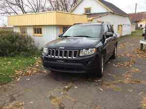 2011 Jeep Compass VUS north
