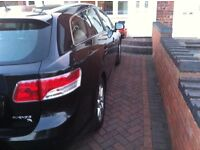 Toyota avensis d4d diesel 2009 good condition