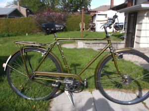 Two  Vintage Raleigh Superbe 3spd Cruisers