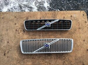 Grille / grill volvo s60 v70 2001+