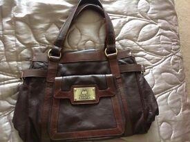 Brand new full leather designer Tommy and Kate ladies handbag superb quality