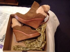 Ladies boots brand new £50.00