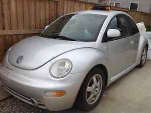2000 Volkswagen New Beetle GLX Coupe (2 door)