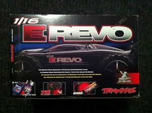 Traxxas 1/16 E-Revo Brushed 4WD RTR RC Monster Truck