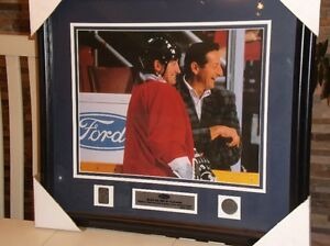 Wayne & Walter Gretzky ( 2000 Ford Canada.-Collection)..