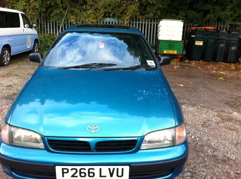 Toyota carina in perfect condition