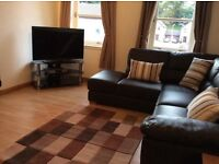 Fully furnished 2 bed flat to rent, Hutcheon Low Place.