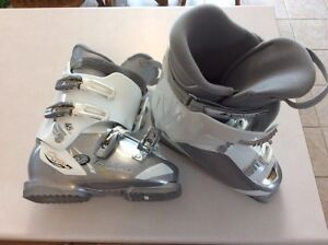 NORDICA CRUISE NFS SKI BOOTS WOMEN