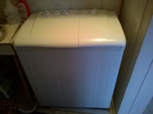 Danby Twin Tub Washing Machine