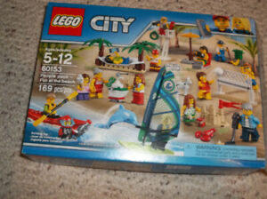Lego City Fun at the Beach 60153 set - 100% complete with box