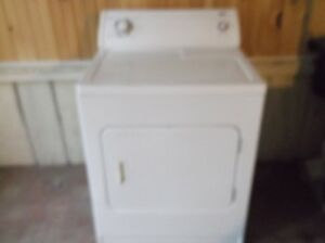 white inglis dryer excellent working condition