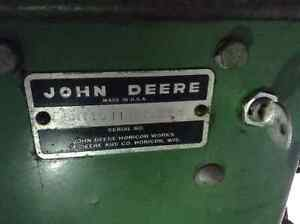 JOHN DEERE 110 (round fender )1965 CLASSIC RIDING MOWER Peterborough Peterborough Area image 3
