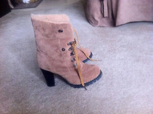 Women's Brown Boots, Size 6. Regina Regina Area image 4