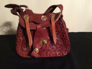 Leather Tooled Western Saddle Shoulder Bag / Purse