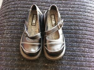 Girls Kids Size 11 Shoes