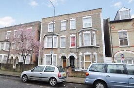 Spacious 2 bedroom flat on Maygrove Road close to Kilburn station - Available now