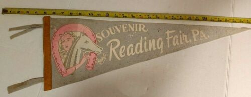 "VINTAGE READING FAIR, PA PAINTED PENNANT 25.5"" LONG {D112}"
