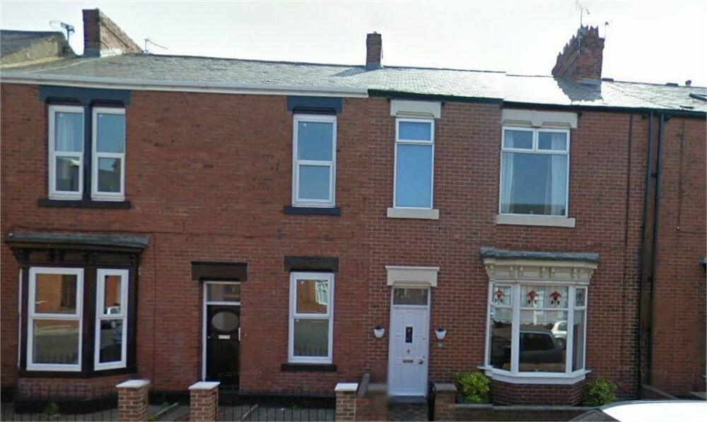 Fantsastic 1 bedroom maisonette situated in Bede Street, Roker, Sunderland.