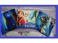 3 Frozen Cushions (set 4)