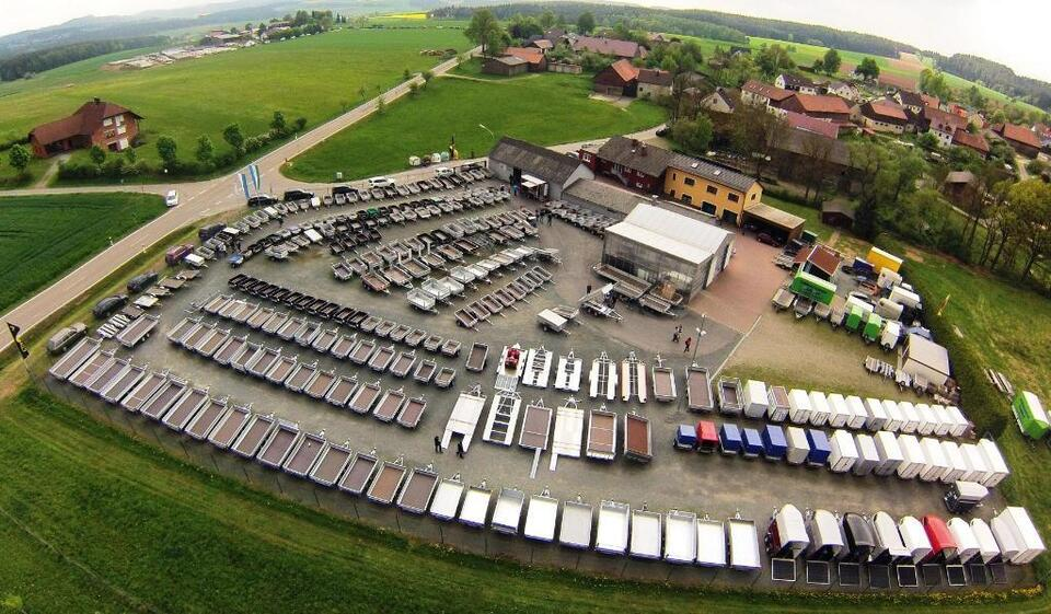 Kofferanhänger Alu Debon C500 Aluboden & Tempo100 NEU&SOFORT!!! in Pirk