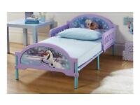 BRAND NEW Disney frozen bed
