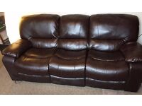 3 SEATER BROWN LEATHER RECLINER SOFA - Very Good Condition!
