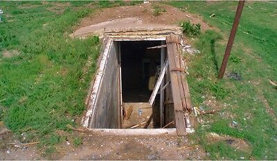 Build Underground Fall Out Storm Shelter Bunker Survive Tornado Prepper CD Dvd
