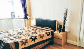 Furnished Room In Redbridge - IG2 - Ideal for single or couple!