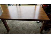 Dining table oak very sturdy like new