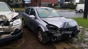 WRECKING A 2006 HOLDEN AH ASTRA HATCHBACK 1.8L AUTOMATIC Smithfield Parramatta Area Preview