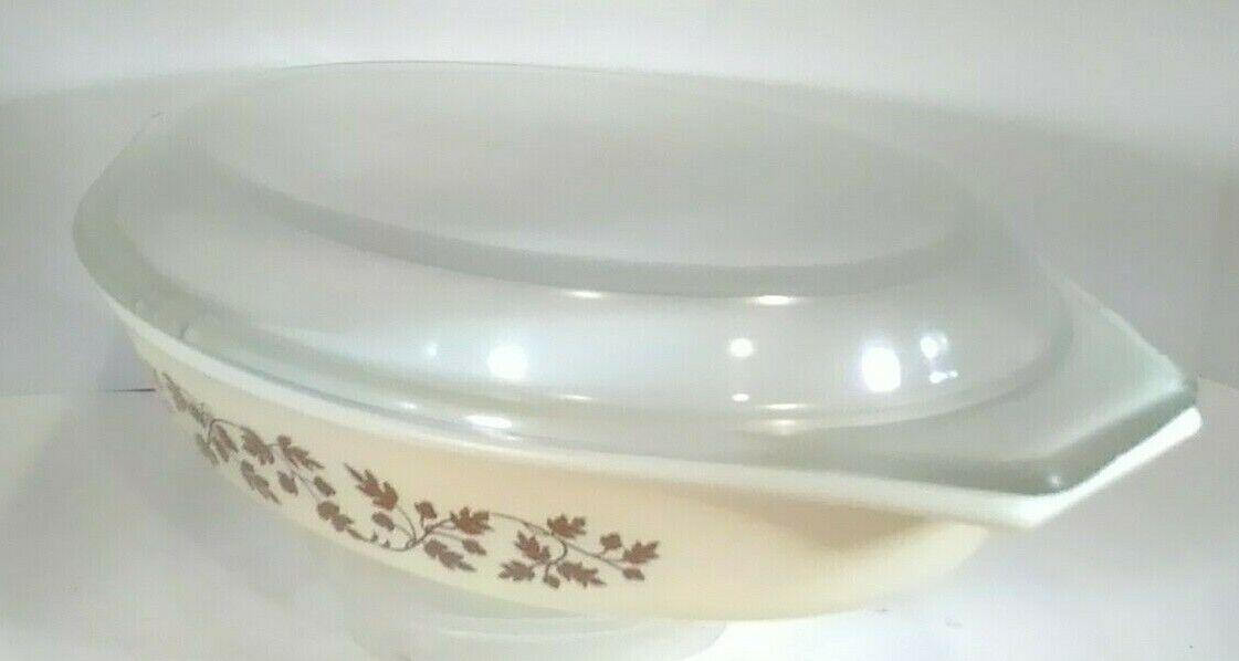 Vintage Pyrex Golden Acorn Divided Cinderella Lidded 1 1/2 Qt Casserole Dish  - $14.99