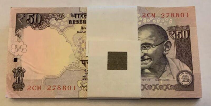 INDIA 50 RUPEES 2014 X 100 PCS BUNDLE GANDHI TIGER PARLIAMENT UNC MONEY 100 NOTE