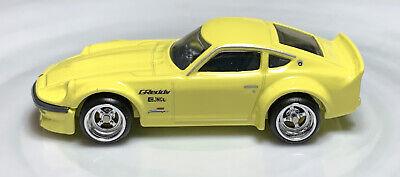 Hot Wheels Japan Historics 2 Nissan Fairlady Z Yellow 1/64 Real Riders Diecast
