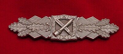 GERMAN WWII CLOSE COMBAT CLASP IN SILVER  BUNDESREPUBLIK WEHRMACHT VETERANS