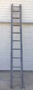 9 foot Wood Extension Ladder