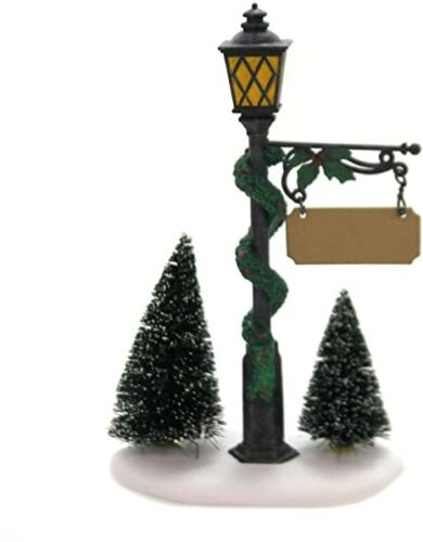 Dept 56 Accessory VILLAGE LAMPPOST & SIGN Heritage Retired Dickens City 52940
