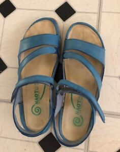 Almost new beautiful blue Naot sandals