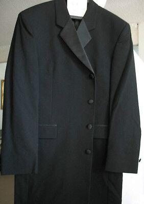 Jacket size 40 Four Button Men Overcoat Black Wool 40R Fumagalli's - Long Coat