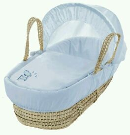 Kinder valley Blue Sleepy Sheep moses basket. All brand new in sealed packs. 2 lift in stock.