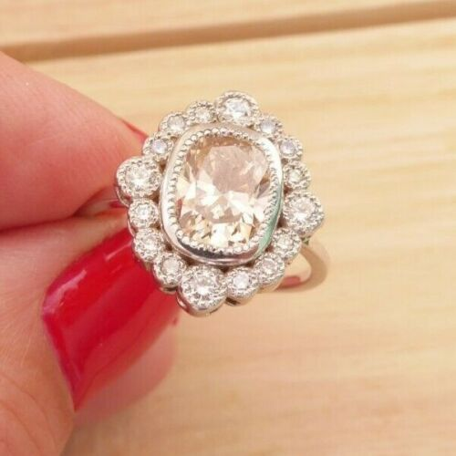 18ct gold 2ct fancy diamond cluster ring