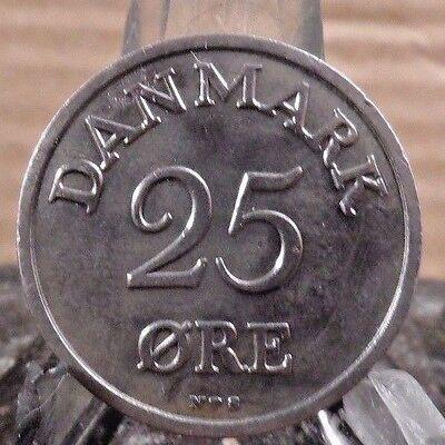 CIRCULATED 1950 25 ORE DENMARK COIN (71617)1