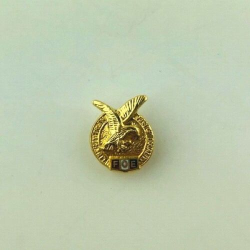 Vintage Fraternal Order of The Eagle FOE Lapel Pin Gold Tone