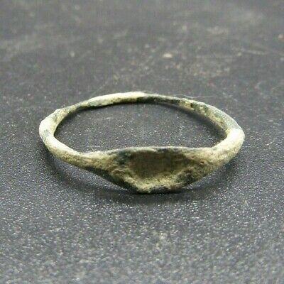 Ancient Roman bronze finger ring, British found, 1st century ad