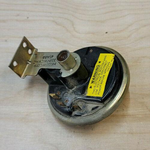 Eaton Controls V200 Furnace Air Pressure Switch HK06WC019