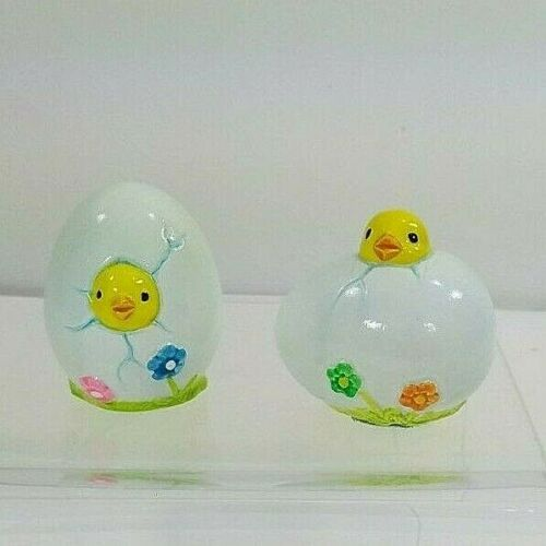2 Vintage Ceramic Easter Eggs with Chicks Hatching
