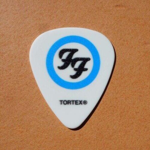 Foo Fighters - Mega Rare Def Leppard fun Guitar pick white